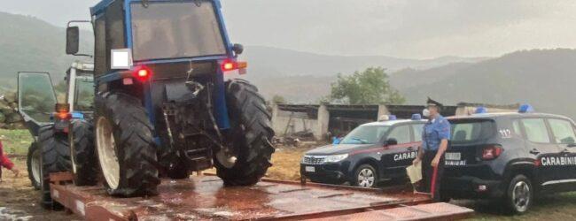 Buccheri   Denunciati due allevatori: nascondevano nella loro masseria un trattore rubato