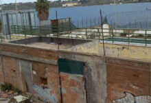 Augusta | Demolizione piscina e allargamento strada attigua: aggiudicati i lavori